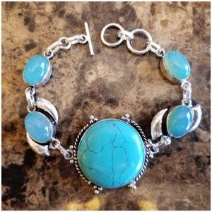 "Jewelry - Turquoise & Blue Chaldecony Bracelet 8"""